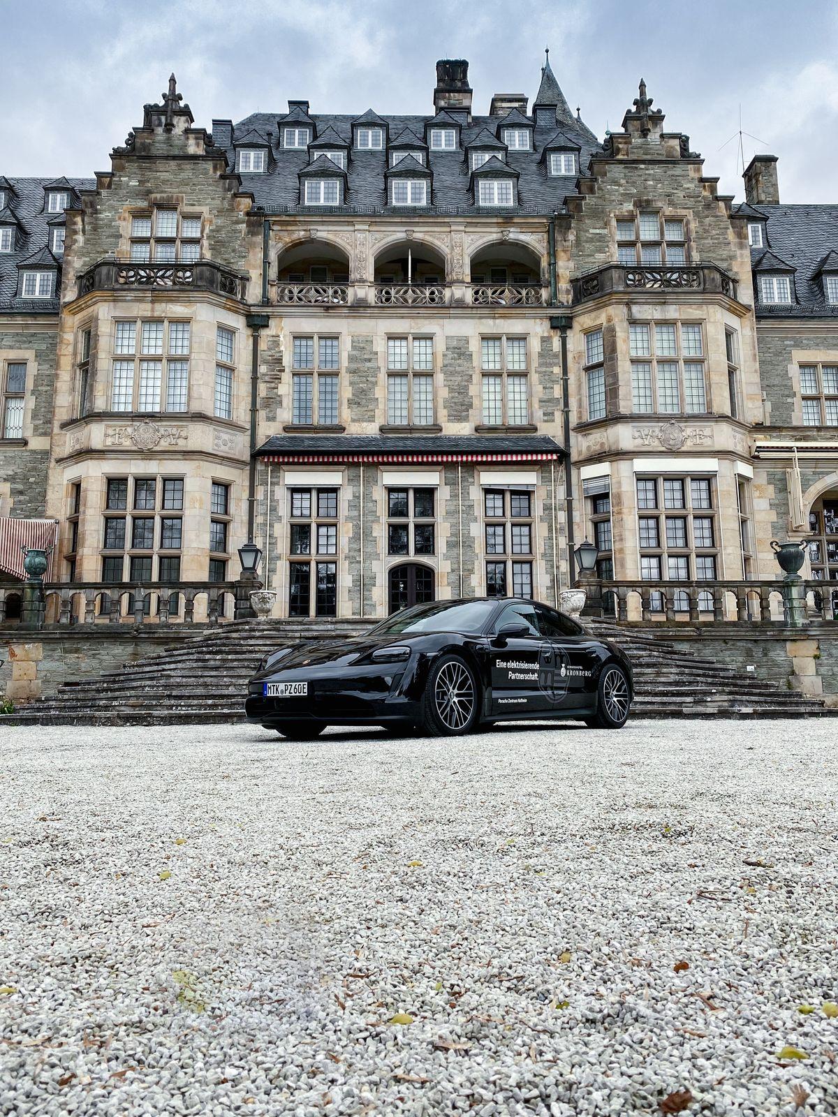 Das Schlosshotel Kronberg setzt auf Porsche