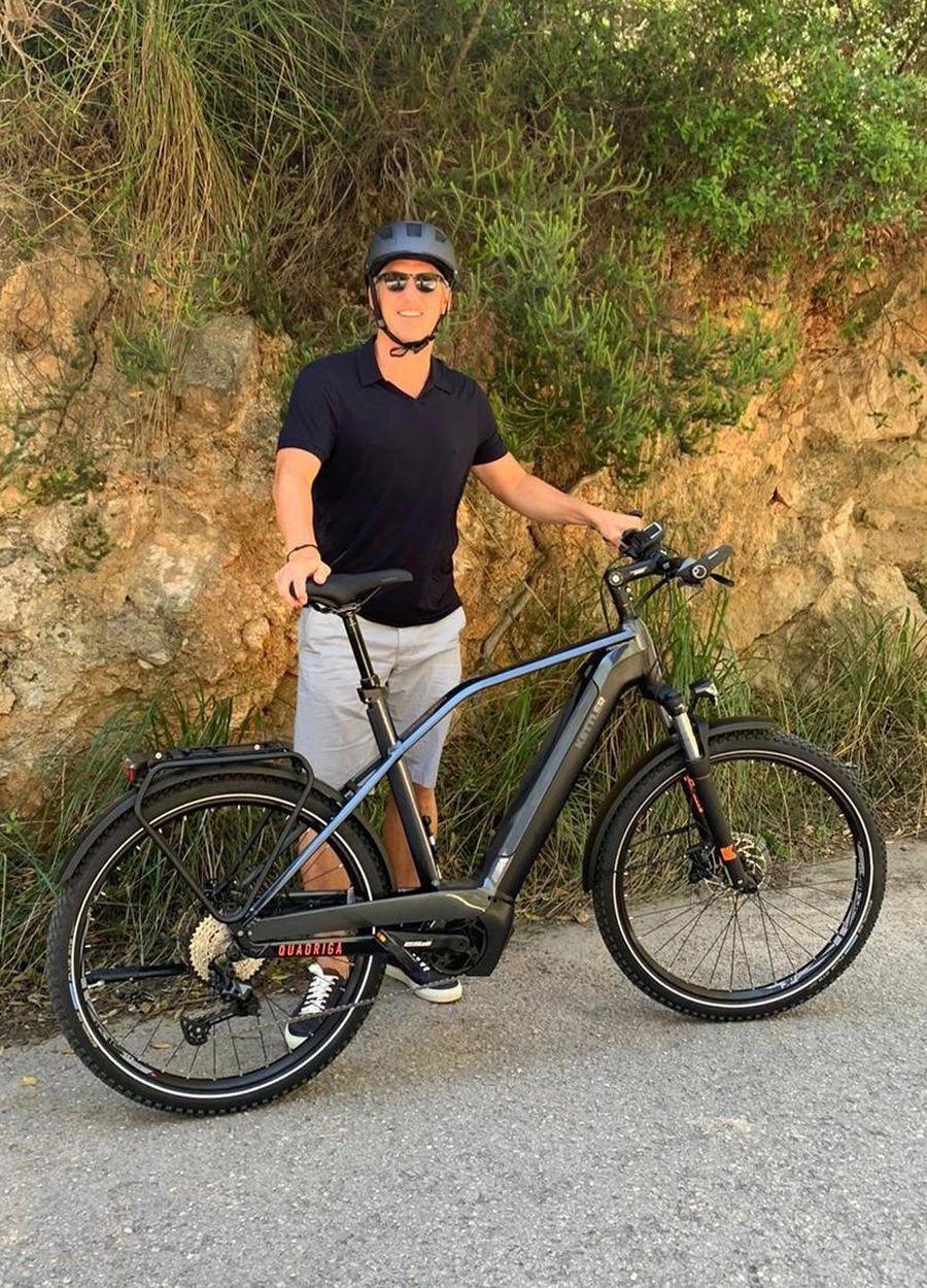 Bastian Schweinsteiger fährt Kettler Alu-Rad