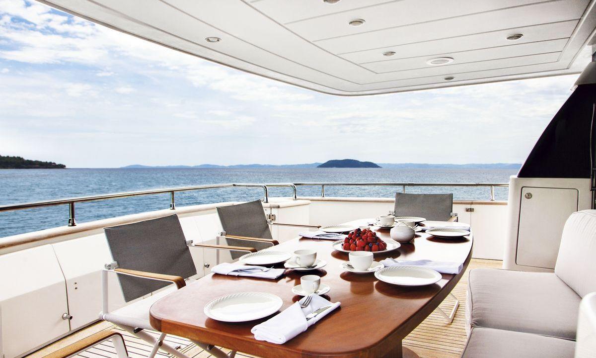 The Bird - Danai Beach Resort & Villas