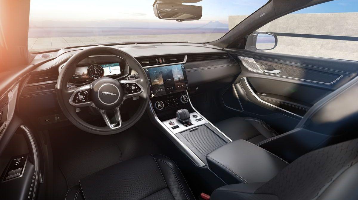 Jaguar XF R-Dynamic Black