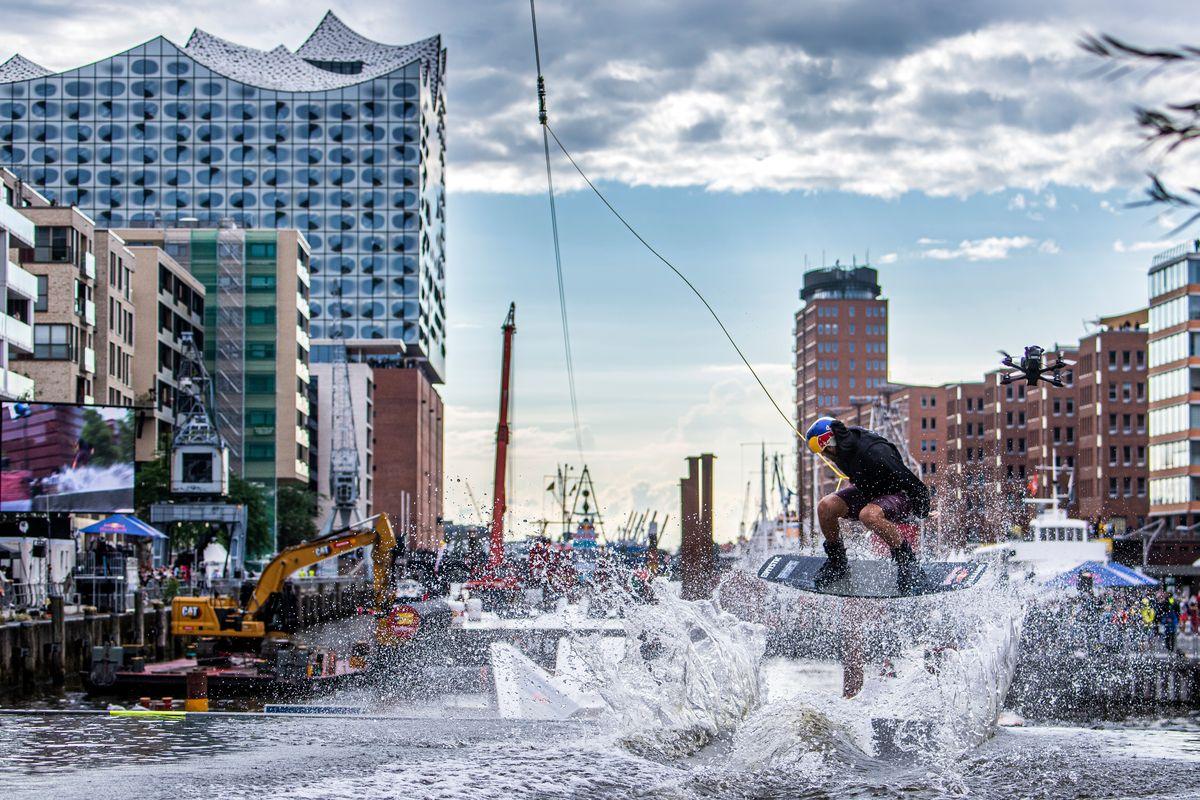 Red Bull Wake Capital in Hamburg