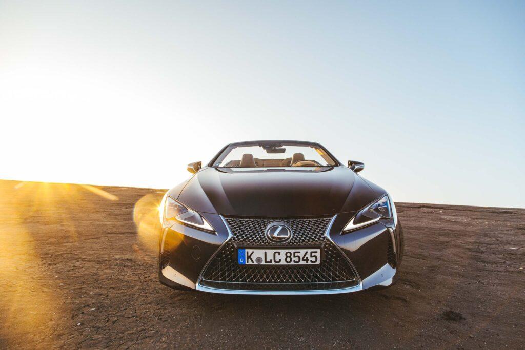 2021 Lexus LC 500 Cabriolet | MarioRoman Pictures /. Shots Magazin