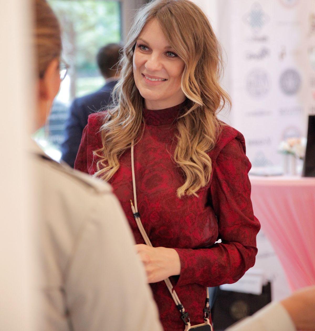Beauty-Visionärin und Gastgeberin Carolin Skorbier